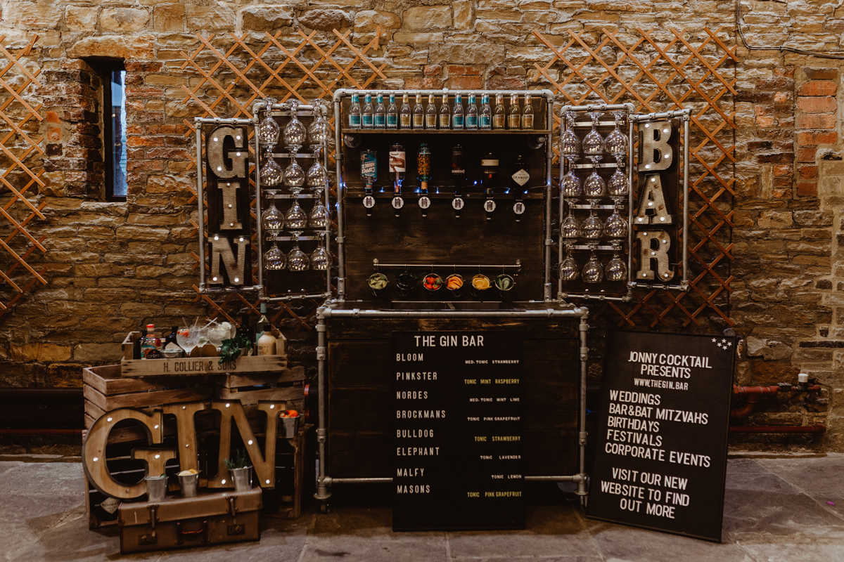 We Provide Top Of The Range Mobile Bar Services Whether Its From Wedding Events Corporate House Parties Or Simcha S